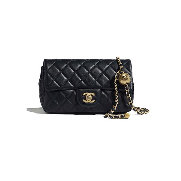 Chanel Flap Bag Lambskin Gold Tone Metal Black