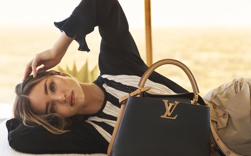 Túi Xách Louis Vuitton Capucines Like Authentic sử dụng chất liệu da nguyên bản như chính hãng, sản xuất hoàn toàn bằng thủ công, cam kết chất lượng tốt nhất